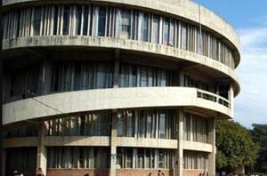 Panjab University fee unrest: V-C calls for senate meeting on May 7 to discuss financial crisis