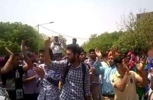 Video | Panjab University: SFS protest comes to an end, Channi visits campus