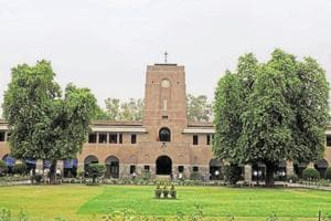 Autonomy means that the college will no longer be a constituent college of the Delhi University. It will be free to take its own decisions in framing syllabus, fee structure, starting new college branches and others.