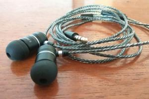 Tekfusion Twinwoofers M 2.0: The earphones with a bass kick