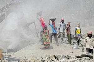 Over 2.3 lakh mine workers at risk of silicosis lung disease, Supreme...