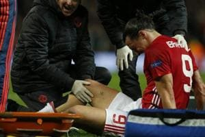 Manchester United's Zlatan Ibrahimovic suffers 'significant knee...