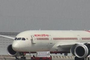 Delhi-Kolkata Air India flight carrying 250 passengers hit by bird,...