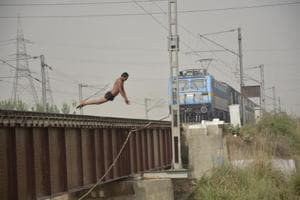 Again, Ghaziabad youths jump off bridge into canal as train approaches