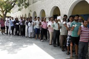 Delhi poll dry days did not increase Noida liquor sales: Excise...
