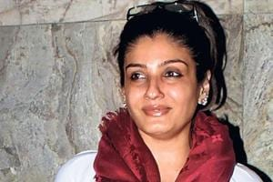 I can't toe any political line, says Raveena Tandon