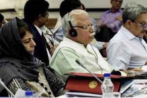 NITI Aayog: Khattar advocates one-time benefits to poor