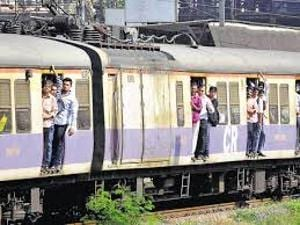 Mumbai railway motorman 'forgets' to halt train at Malad, stops at...