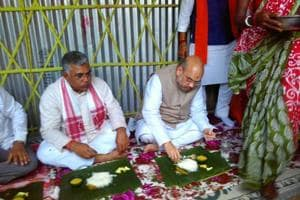 Shah kicks off 'booth chalo' drive in Naxalbari with lunch at...
