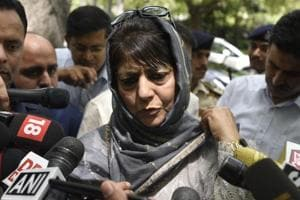 Kashmir violence: Mehbooba Mufti to meet Unified Command for reviewing...