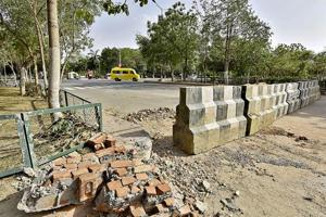 Liquor ban: Gurgaon Sector 29 wall replaced by jersey barriers a day...