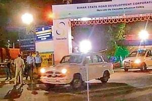 Truck carrying Sukma jawans's body stopped to allow CM's convoy to...