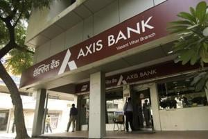 Axis Bank Q4 profit slips 43% to Rs 1,225 cr
