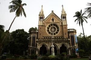 While evaluating papers, Mumbai university teachers do not get model...