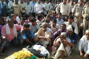 Tearful adieu to martyr of Sukma Naxal attack