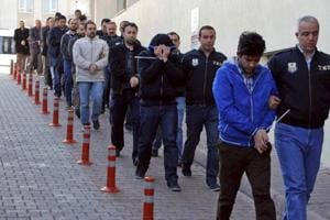 Turkey detains 1,000 in crackdown on alleged Gulen supporters