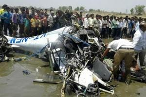 Trainer plane crash kills ex-IAF pilot, trainee in Maharashtra