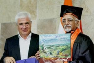 Hamid Ansari  says a 'great, great majority' committed to secularism...