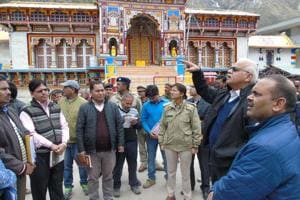 Chardham shrines stockpile fuels, essentials for emergency situations