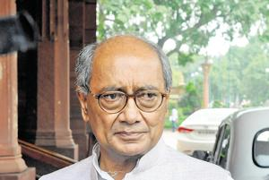 Digvijay Singh trains guns on Raman Singh again, says he helped...