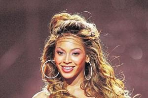 Beyonce to offer college scholarships for female students