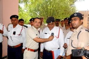 Now, policemen in Rohtak to work with body cameras