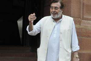 Vinod Khanna: The humble MP Pranab Mukherjee couldn't recognise