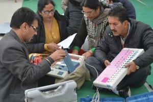 Uttarakhand HC takes EVMs used in Vikasnagar polls into judicial...