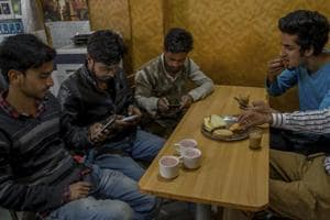 Social networking sites still accessible in J-K day after govt imposes...