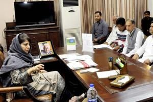 J-K CM Mehbooba asks security forces to reach out to Kashmiri...
