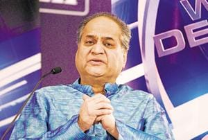 Weakening of institutions holding back India: Rahul Bajaj
