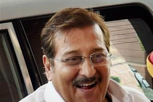 From Qurbani to Dabangg and more: The various shades of Vinod Khanna
