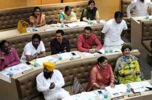 At Chandigarh MC House meet, less discussion, more jibes and jokes