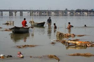 In a first, Uttarakhand HC issues notice to 'living entity' Ganga,...