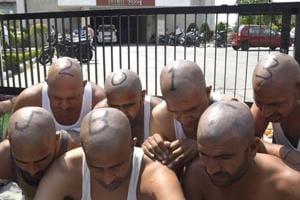 Protesting jobless teachers now shave their heads in Panchkula