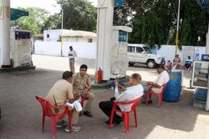 Petrol pump racket in UP: Tampered dispensers give out less petrol,...