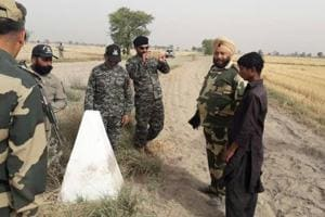 BSF sends back Pak teen who crossed border inadvertently