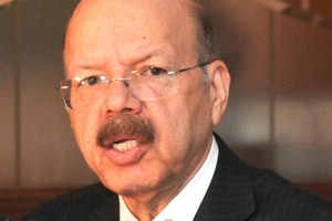 EC to call all-party meeting on EVM issue soon: CEC Zaidi