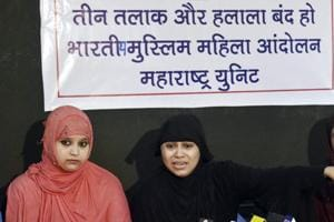 Bharatiya Muslim Mahila Andolan (Maharashtra) members addressing a press conference, demanding an end to  the controversial practice of triple talaq.