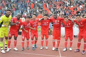 Aizwal FCbecame the first team to reach the Federation Cup semis after beating Churchill Brothers.