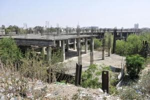 The project started in 2003 and was stalled in 2007.
