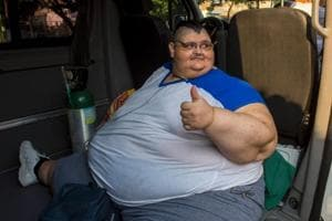 Juan Pedro Franco, who weighs almost 600 kg, arrives at the hospital in Guadalajara for treatment.