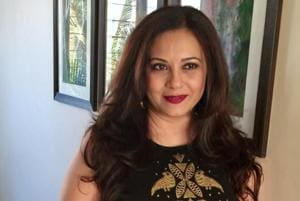 Actor Manasi JoshiRoy says that her daughter Kiara watches her shows and gives her feedback.
