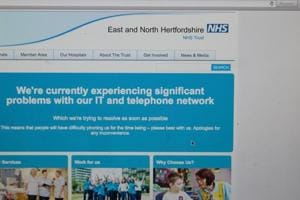 The NHS website notifying users of a problem in its network.