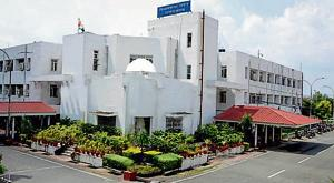 The assembly building in Dehradun. BJP leader Ravindra Jugran has written to speaker Prem Chand Agarwal demanding a probe into back-door appointments in the assembly secretariat.