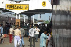 Bihar's railway stations under EC railway zone fare badly in cleanliness, says a new audit report.