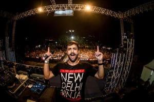 DJ MojoJojo (Akshay Johar).