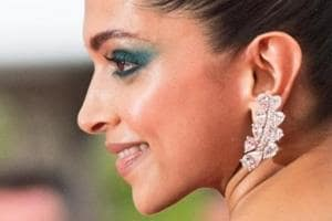 Deepika Padukone went for smoked-out green eyes for her second outing at the Cannes Film Festival 2017.