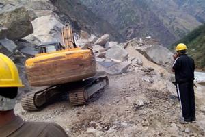 Alert cop's warnings saved many on Uttarakhand landslide route to ...