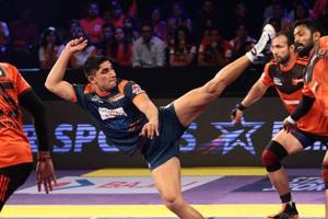 Pro Kabaddi League: Nitin Tomar upstages Manjeet Chillar, tops...